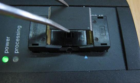комплекс PC-3000 Flash SSD Edition для извлечения информации с чипа памяти