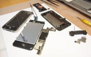 Ремонт смартфонов Apple iPhone в Москве